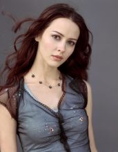 Amy Acker pictures and photos