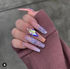 Make an original manicure for Valentine's Day - My Nails Bling Acrylic Nails, Aycrlic Nails, Glam Nails, Best Acrylic Nails, Bling Nails, Acrylic Nail Designs, Acryl Nails, Super Cute Nails, Fire Nails