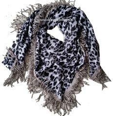 Sjaal Panter grijze franjes