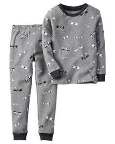 This boys' Carter's Halloween tee and pants pajama set features monster graphics for a silly and spooky look that's perfect for bedtime. Carters Halloween, Halloween Pajamas, Baby Boy Halloween, Diy Halloween, Halloween Decorations, Baby Boy Pajamas, Carters Baby Boys, Toddler Boy Outfits, Toddler Boys
