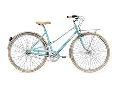 Retro ist am Creme Cycles Caferacer Lady nur der stylische Look - und das ist genauso gewollt. Denn genau dieser Look mit schicker femininer Farbgebung machen die Dame zur individuellen Stilikone auf zwei Rädern. #bikerboarder #citybike #cremecycles