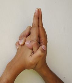 Ksepana Mudra – for letting go and removal of negative energy
