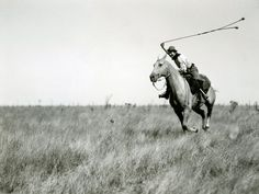 Google Image Result for http://images.nationalgeographic.com/wpf/media-live/photos/000/133/cache/gaucho-horseback_13347_990x742.jpg