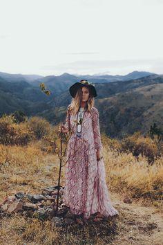 Meadowlark → Fall 15' | Bella & Chloe