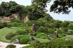 japanese garden mifuneyama | 足立美術館の庭園 | ALICE STAND BY 2 | Pinterest
