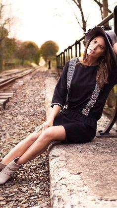 H&M fashion inspo Cameron Russell, Western Chic, H&m Fashion, Fashion Design, H&m Trends, Scandinavian Fashion, Chicano, Passion For Fashion, Westerns