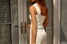 ONE SHOULDER SOIREE BANDAGE DRESS - CREAM