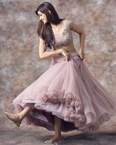 Plus Size Designer Dresses: Stylish, Flattering & Sexy Look Fashion, Skirt Fashion, Indian Fashion, Fashion Dresses, Fashion Clothes, Fashion Art, Fashion Jewelry, Fashion Forms, Fashion Belts