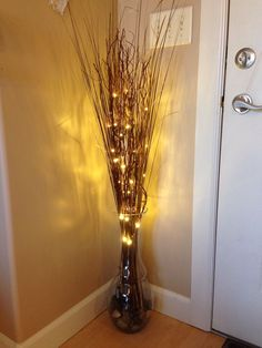 Ineffable Empty Vases Decor Ideas 9 Simple and Modern Ideas: Vases Plant . - Ineffable Empty Vases Decor Ideas 9 Simple and Modern Ideas: Vases Plant Green plant vases de - Floor Vase Decor, Vases Decor, Wall Vases, Decorating Bookshelves, Hallway Decorating, Twig Lights, Wall Lights, Lighted Branches, Living Room Decor