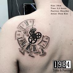 Time Piece Tattoo, Chest Piece Tattoos, Wind Tattoo, Back Tattoo, Best Sleeve Tattoos, Tattoo Sleeve Designs, Stomach Tattoos, Body Art Tattoos, Broken Clock Tattoo