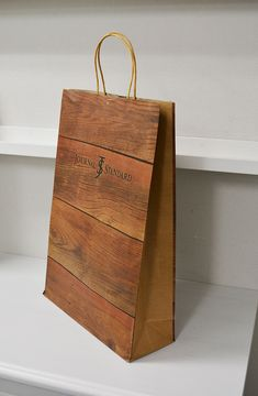 papaer bag Design Print Graphic Fashion 紙袋 デザイン 印刷 グラフィクデザイン ファッション Bag Packaging, Print Packaging, Packaging Design, Shoping Bag, Paper Carrier Bags, Shopping Bag Design, Paper Bag Design, Paper Gifts, Paper Bags