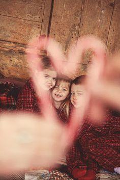 """Lipton gra z Orkiestrą"" Family Christmas Pictures, Holiday Pictures, Christmas Photos, Family Pictures, Christmas Photography, Love Photography, Picture Poses, Picture Ideas, Photo Ideas"