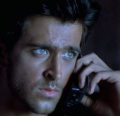 Eyes which are enough to emote the intensity! Spiderman Man, Profound Quotes, Indian Star, Vintage Bollywood, Indian Beauty Saree, Kites, Attractive People, Greek Gods, Hrithik Roshan