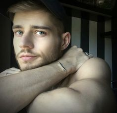 Looking through the window of opportunity. - Grab your chance to get your Linear White Bracelet with off by signing up for the… Blonde Guys, Blond Men, Handsome Faces, Through The Window, Poses, Gorgeous Men, Sexy Men, Hot Men, Hot Guys