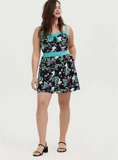 Her Universe Disney Retro Alice In Wonderland Black & Turquoise Romper Floral Chiffon Maxi Dress, Plus Size Romper, Turquoise Accents, Pink Lace, Alice In Wonderland, Sheath Dress, Rompers, Summer Dresses, Romper