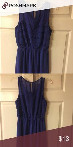 Forever 21 blue dress size small Forever 21 blue dress size small worn times Forever 21 Dresses Midi