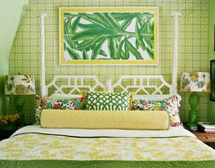 Palm tree poster bed, yes please!!
