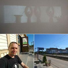 Aamun varjokuva seinässä kun heräsin. Viimeinen aamu Oulussa seurakunnan pastorina. Yksi aika mitassa täynnä. Kristus kantaa. #shadowpic #lastday