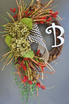 Fall Monogram Grapevine Wreath with Burlap. Fall Wreath. Autumn Wreath. Summer Wreath. Housewarming, Wedding, Mother's Day. Monogram Wreath.