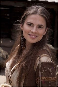 Elwynd's bodyguard Margit (Megg/Meggie) Hayley Atwell, Danish, may know the Dahl family Peggy Carter, Hailey Baldwin, Hollywood Actresses, Actors & Actresses, Actress Hayley Atwell, Hayley Elizabeth Atwell, Hayley Attwell, London Girls, Beautiful People