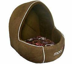 Mooii Hooded Pet Bed