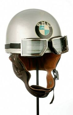 Cromwell BMW Helmet with Red Barron Goggles - awesome