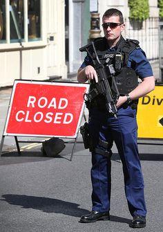 London Metropolitan Police   Flickr - Photo Sharing!