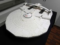 Awesome Lego Builder Crafts a Massive Replica of Khan's Sweet 'Star Trek II' Space Ride Lego Star Trek, Star Trek Ii, Star Trek Ships, Star Wars, Lego Tv, All Lego, Star Citizen, Lego Spaceship, Lego Builder