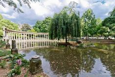 Parc Monceau, an oasis in the heart of Paris:  35 Boulevard de Courcelles, 75008
