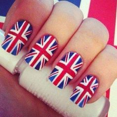 British flag nails Picture from Nail Designs. Uk Nails, Hair And Nails, Sexy Nails, British Flag Nails, Union Jack Nails, Maquillaje Pin Up, Nail Art Designs, Nagellack Design, London Nails