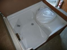 Caravan/Motorhome Magnum Shower Room Kit A (Left Hand, C200CS ...