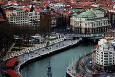 BILBAO BIZKAIA EUSKAL HERRIA / Pays Basque.