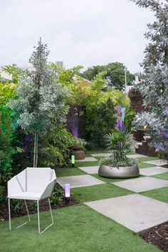 Picture your perfect special event in the @DFontDesigns-designed Secret #Garden at #WynwoodLab. Then call us to make it a reality. 305-400-9715 http://wynwoodlab.com/landscape-architects/