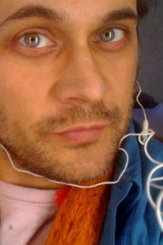 Todd Stashwick eyes