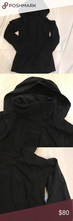 """Lululemon run jacket size 4 Lululemon run jacket size 4. Great for everyday keep you protected from some rain.  Great beautiful jacket perfect condition good zips away for a different look armpit to armpit 16"""" armpit to bottom 17"""" lululemon athletica Jackets & Coats"""