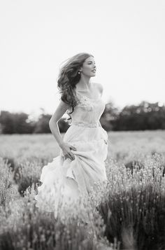 A bride running through lavender fields! Does it get any more freaking romantic!?