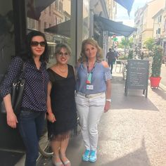 LA VRAIE VIE Quel plaisir de rencontrer les blogueuses IRL!!! C'est cela aussi la magie des réseaux sociaux: on se suis on papote... et un jour on se rencontre! Bon vendredi  #fif #festivaldecannes #cannes #cotedazur #cotedazurnow #rencontre #irl #plaisir #happy #arefaire http://themouse.org
