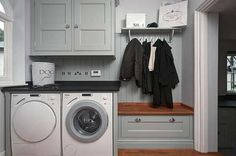 Small Laundry Room Organization Ideas 39