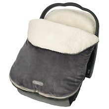 JJ Cole Infant Bundle Me - exterior is made of durable fleece material while the inside is made of a thick Faux sheepskin. Great baby car seat cover for baby's winter warmth.
