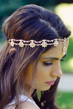 dfa416c66b9cd 8 Best indian hair accessories images in 2017 | Fascinators, Up dos ...