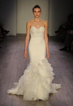 Lazaro Fall 2016 strapless sweetheart neckline mermaid silhouette wedding dress | https://www.theknot.com/content/lazaro-wedding-dresses-bridal-fashion-week-fall-2016
