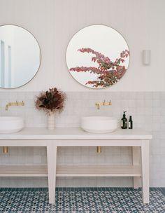 Timber Wall Panels, Timber Walls, Sorrento Beach, Timber Furniture, Australian Homes, Outdoor Living Areas, California Style, Interiores Design, Arquitetura