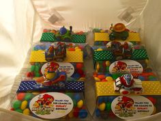 6 Angry Birds Favors by angilee123 on Etsy https://www.etsy.com/listing/293156867/6-angry-birds-favors