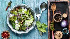 Vihersalaatti x 4 – näin saat lisukesalaatista maukkaan - Kotiliesi. Sprouts, Vegetables, Food, Essen, Vegetable Recipes, Meals, Yemek, Veggies, Eten