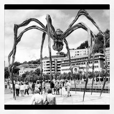 Araña #buildings #architecture #arquitectura #bn #bw #blanckandwhite #blancoynegro #bilbao #bilbo #euskadi