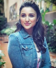 Parineeti Chopra is out for Reliance Digital Store Launch! Cute Celebrities, Indian Celebrities, Bollywood Celebrities, Celebs, Female Celebrities, Indian Bollywood, Bollywood Stars, Beautiful Bollywood Actress, Beautiful Actresses