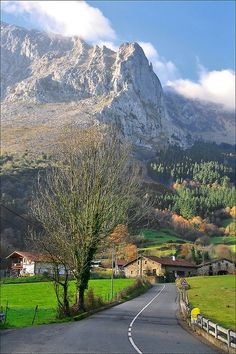 * Bairro de Arrazola.* # Achondo, País Basco. Espanha.
