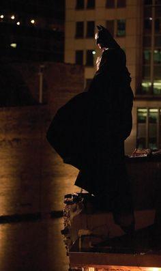 """Christian Bale in """"Batman Begins"""" - 2005 Batman Dark, Joker Batman, Batman The Dark Knight, Superman, Batman Batmobile, Batman Poster, Batman Artwork, Nolan Film, Batman Christian Bale"""