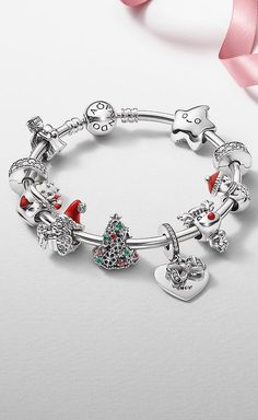 Charms Pandora, Pandora Bracelets, Pandora Jewelry, Charms Disney, Jewelry Design, Inspiration, Flora, Addiction, Design Ideas