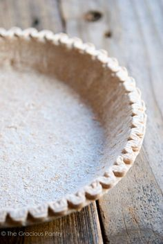 Clean Eating Pie Crust Recipe ~ http://www.thegraciouspantry.com